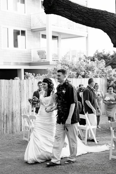 160__Hawaii_Destination_Wedding_Photographer_Ranae_Keane_www.EmotionGalleries.com__140705.jpg