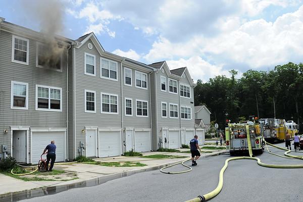 7/22/2010 Working Townhouse Fire on Castaway Cir