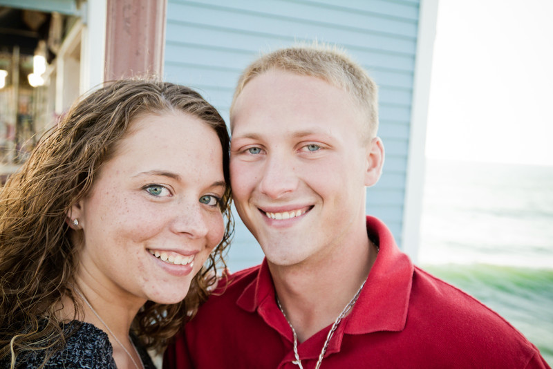Victoria and Brandon Engagement Pictures-30.jpg