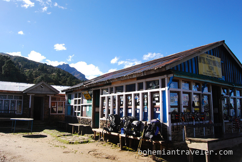 tea house at Langtang Lirung View.jpg