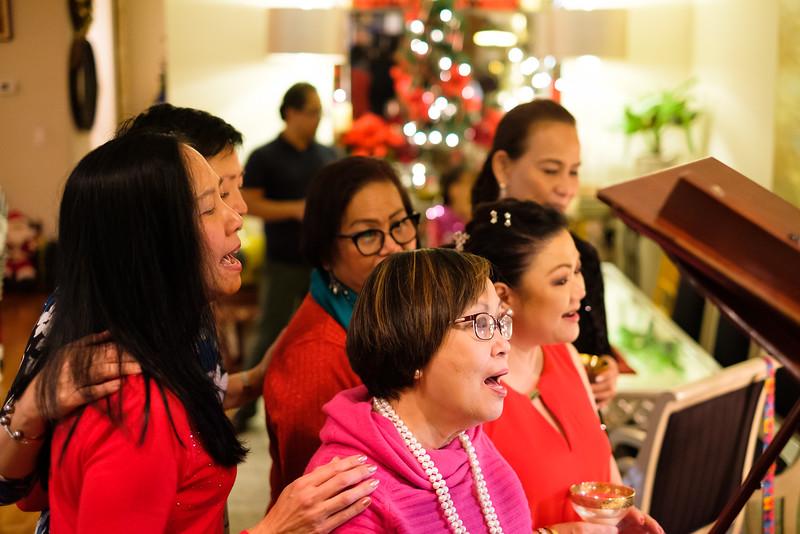XH1 Kumares Christmas Party-44.jpg