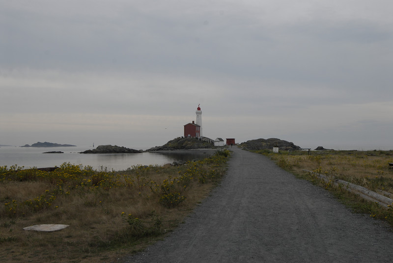 070903 8226 Canada - Victoria - Fort Rodd Hill and Canada geese _F _E ~E ~L.JPG