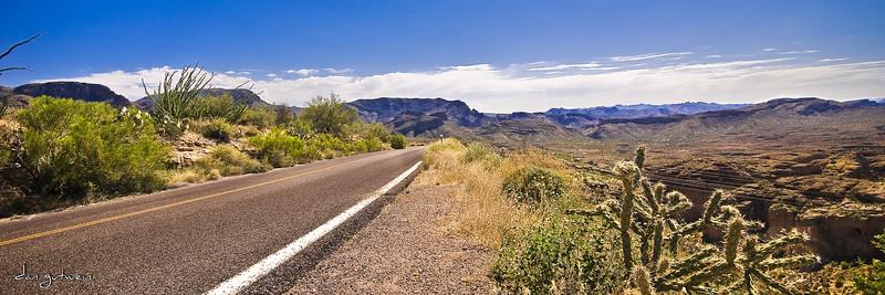 1787_Apache_Junction_Highway_Panorama.jpg