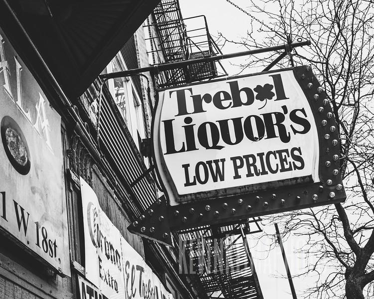 El Trebol Liquors & Bar