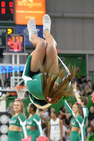 cheerleaders3162.jpg