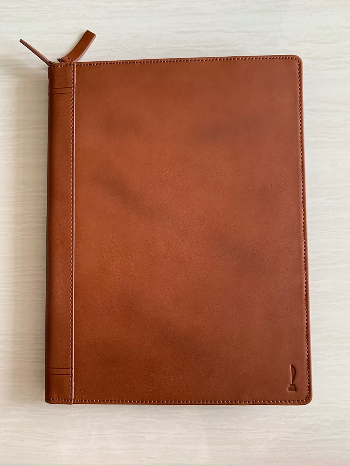 The Twelve South Journal for 11inch iPad Pro