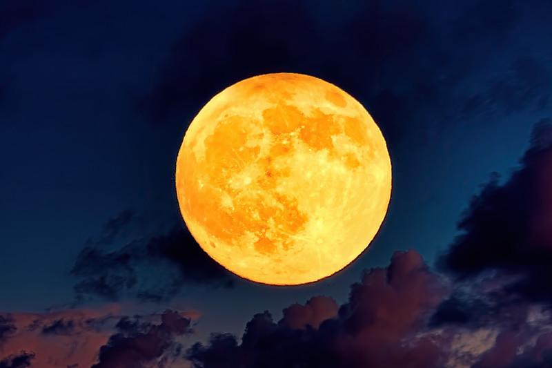 Moon Over Port 29th December 2020.jpg