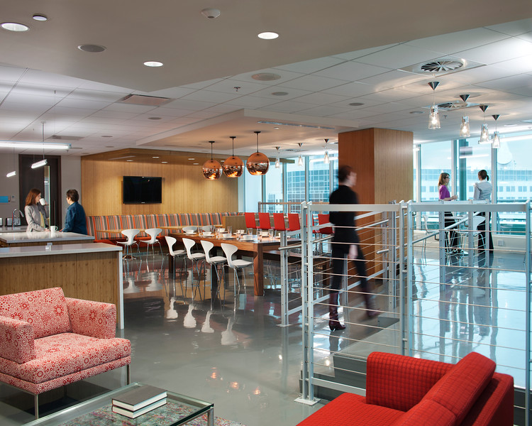 BRONZE- HOK    Fraser Millner Casgrain LLP Office