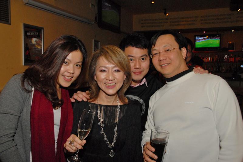 [20111231] MIBs-2012 New Year Countdown @ BJ Sanlitun Luga's (20).JPG
