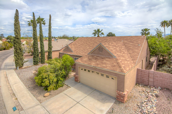 For Sale 7907 N. Roundstone Dr., Tucson, AZ 85741