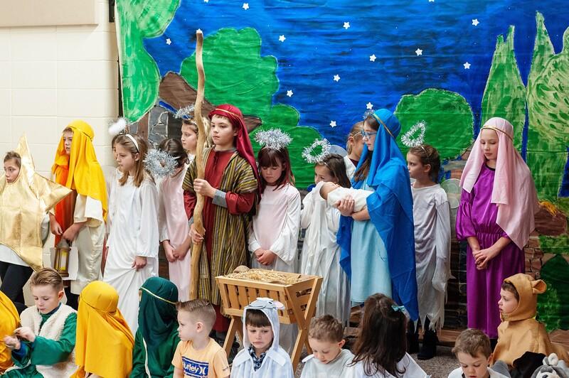 20191209 Faith Children Advent Family Gathering-8040.jpg