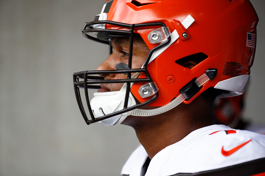 . Cleveland Browns quarterback DeShone Kizer (7) waits in the tunnel before an NFL football game against the Baltimore Ravens in Baltimore, Sunday, Sept. 17, 2017. (AP Photo/Patrick Semansky)