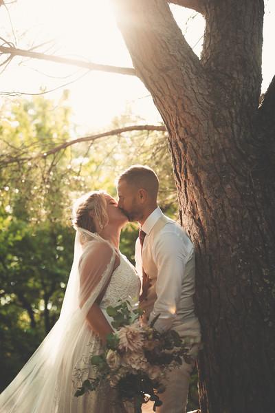 Awardweddings.fr_Amanda & Jack's French Wedding_0542.jpg