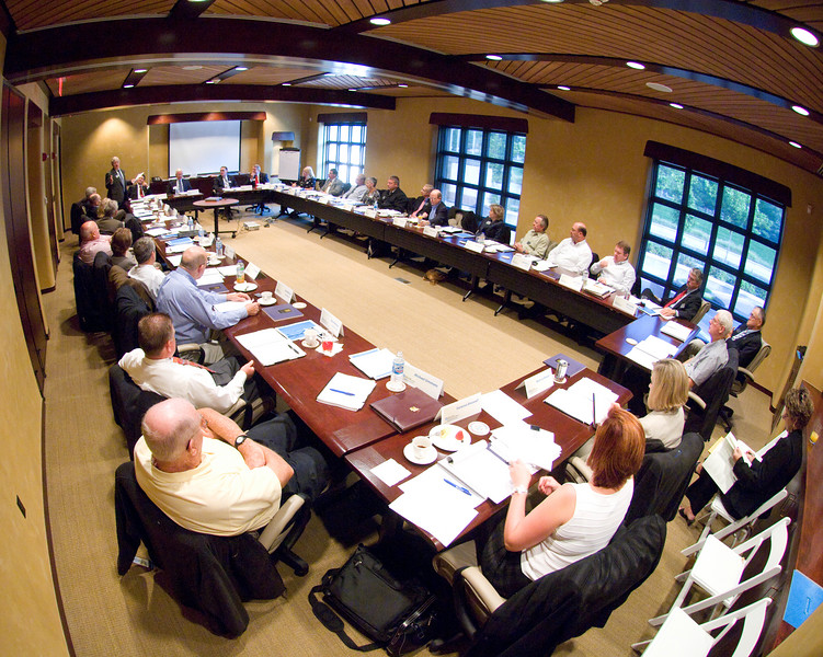 2007_foundation_board_meeting0184.jpg