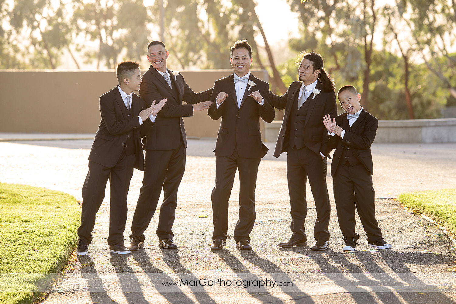groom and groomsmen at Hilton San Francisco Airport Bayfront in Burlingame