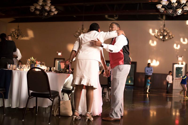Laura & AJ Wedding (1420).jpg
