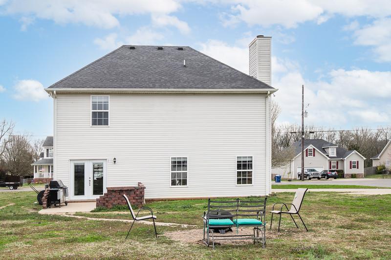 632 Fleming Farms Dr-4.jpg