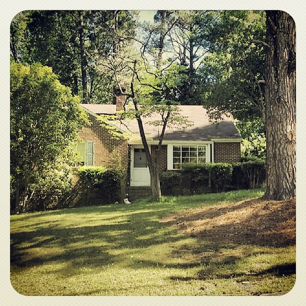 Our first house when @lilredroosta and I moved to Atlanta #morningside
