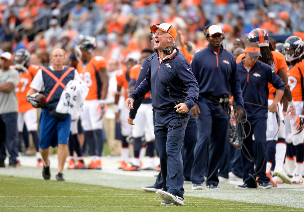 . Denver Broncos Head Coach John Fox yells from the sidelines during the first quarter.  The Denver Broncos vs the Seattle Seahawks At Sports Authority Field at Mile High. (Photo by John Leyba/The Denver Post)