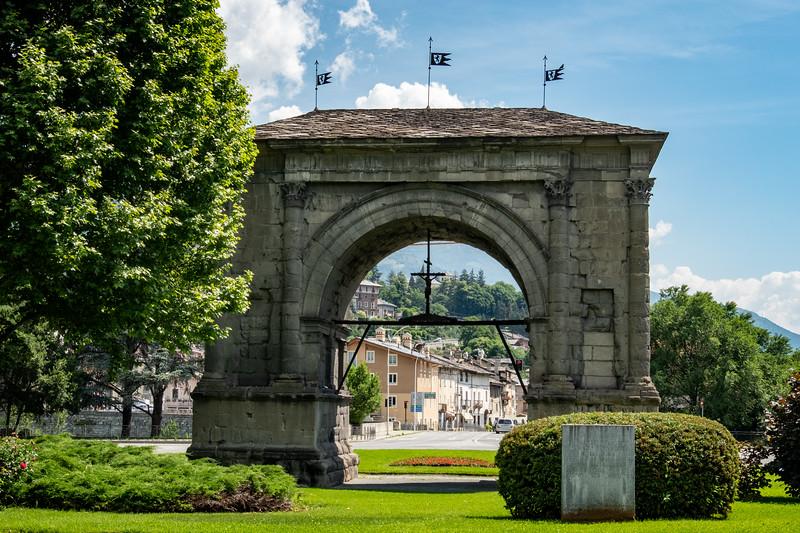Arch of Augustus,  Aosta