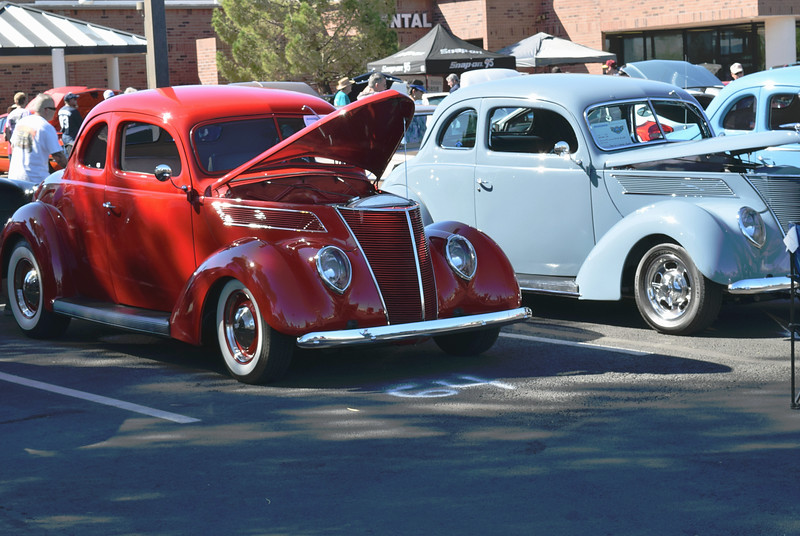 Ford 1937 Standard Coupe red-Club Coupe gray ft rt.JPG