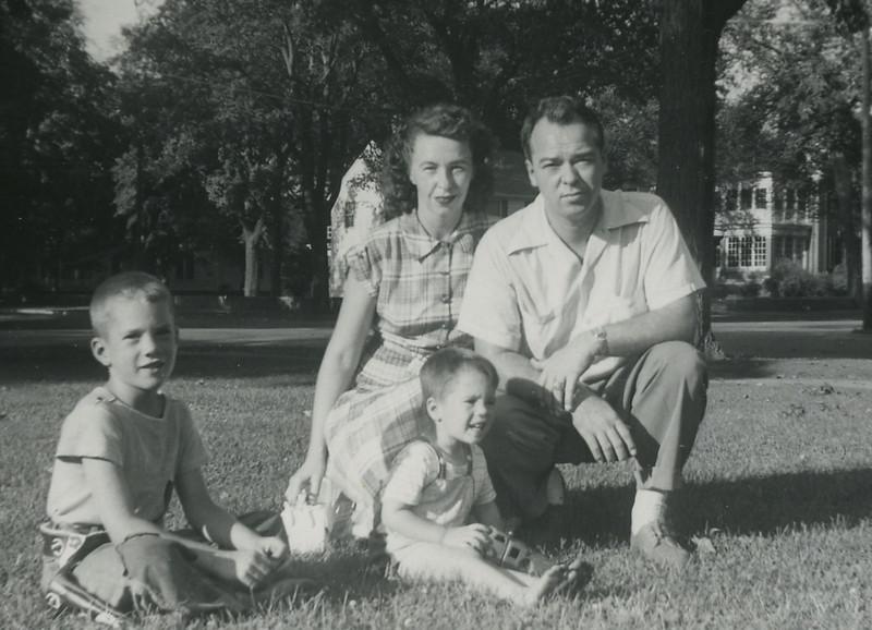 Northfield Minn 1952  Harry, Irene,  Dick & Bob117.jpg