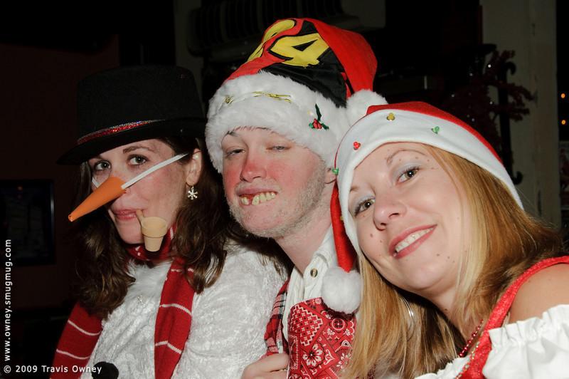 2009 ALS Santa Crawl-86.jpg
