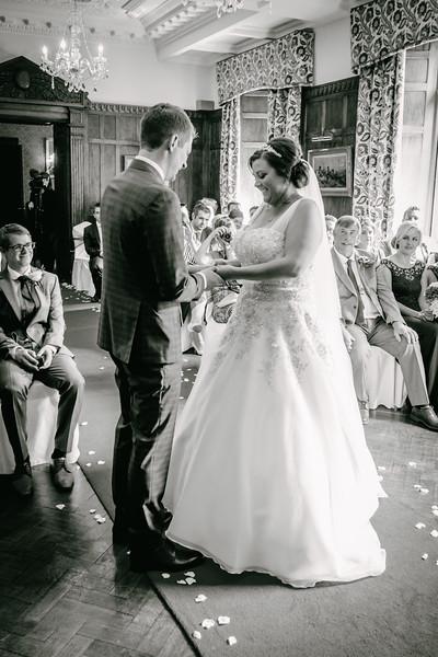 Cross Wedding-188.jpg
