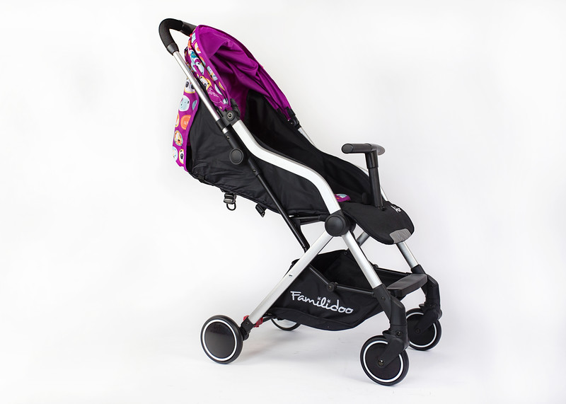 Familidoo_Air_Product_Shot_Pink_Rabbit_Side_View_Right_Angle_Canopy_Closed.jpg