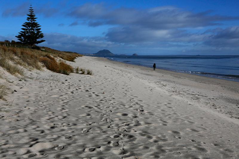 Papamoa Beach.jpg