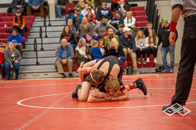 Wrestling at Granite City-09075.jpg