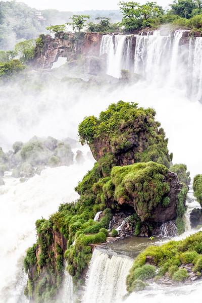 Iguazu Falls-7550 4x6.jpg