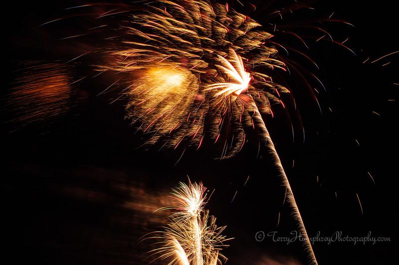 2019 Paradise Fireworks-118.jpg
