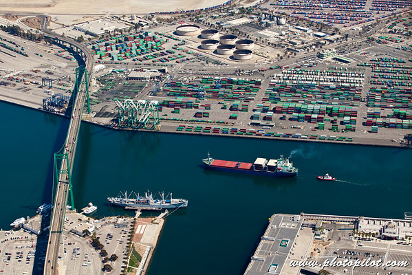 Ships at the Port of Los Angeles & Port of Long Beach