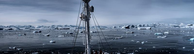 [Group 0]-crossing antarctic circle 51_crossing antarctic circle 55-5 images.JPG
