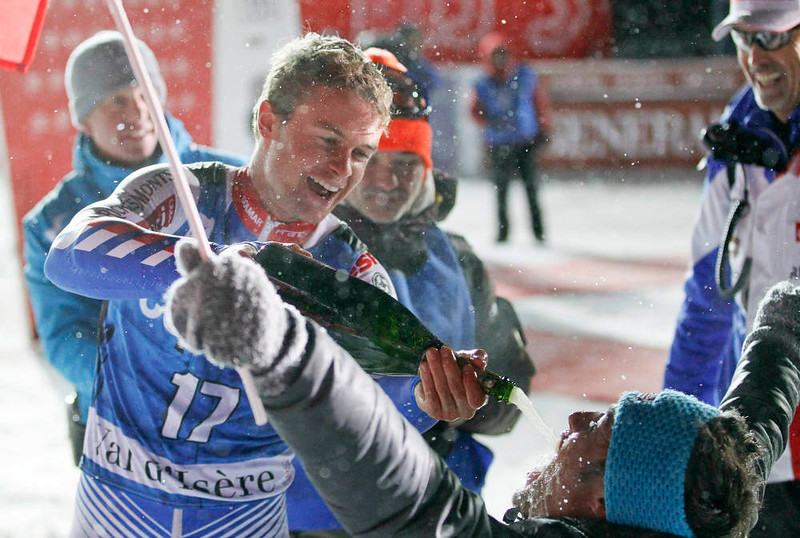 . Alexis Pinturault of France sprays champagne after winning the men\'s World Cup Slalom skiing race in Val d\'Isere, French Alps, December 8, 2012.    REUTERS/Robert Pratta