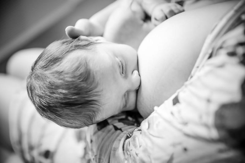 bw_newport_babies_photography_hoboken_at_home_newborn_shoot-5571.jpg