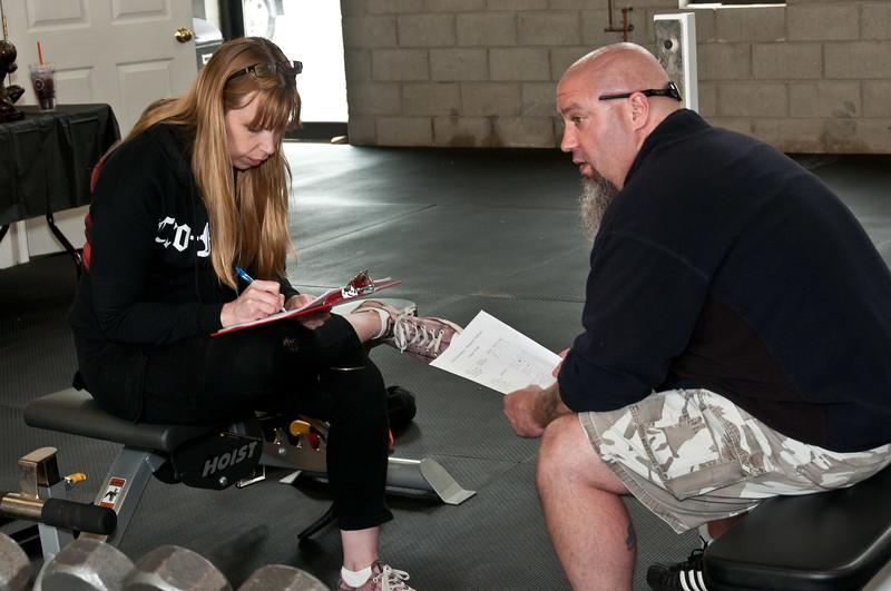 Fitness Revolution Strongman Challenge 2011_ERF3614.jpg