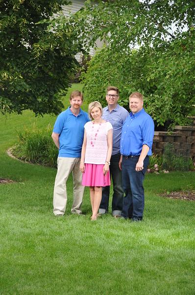 2015-07-25 Family Portraigs 2015 105.JPG