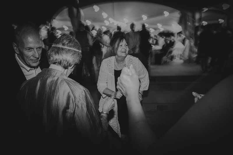 Amy+Andy_Wed-0702 (2).jpg