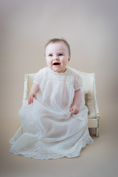 newport_babies_photography_6months-8159-1.jpg