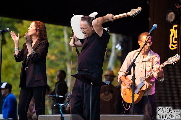 Jimmie Vaughan and the Tilt-A-Whirl Band-6.jpg