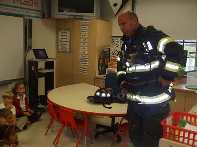 Kindergarten Meets a Fire Fighter