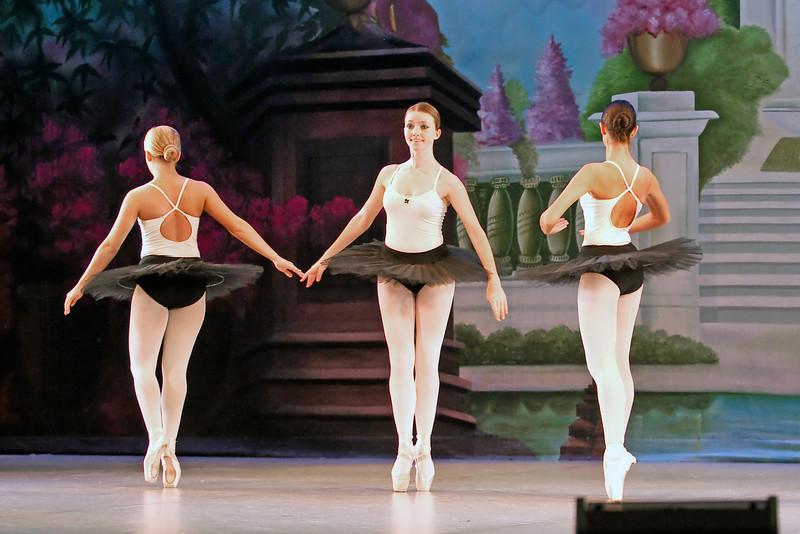 dance_052011_018.jpg