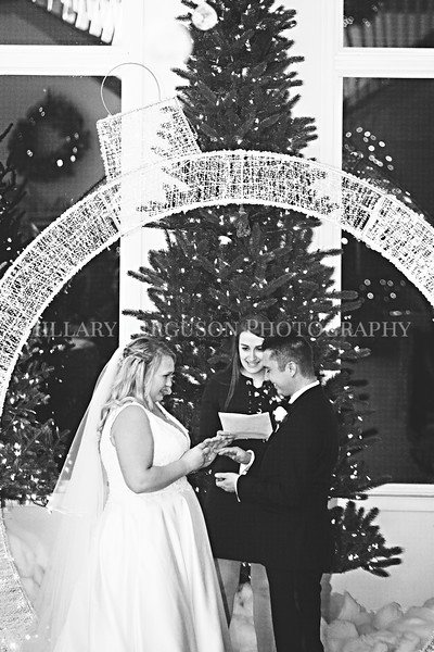 Hillary_Ferguson_Photography_Melinda+Derek_Ceremony096.jpg