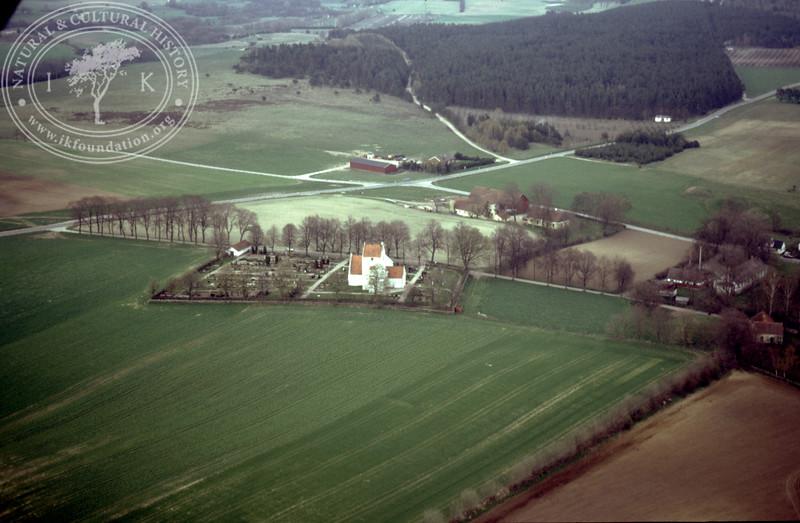 Ravlunda Church (1986). | LH.0084