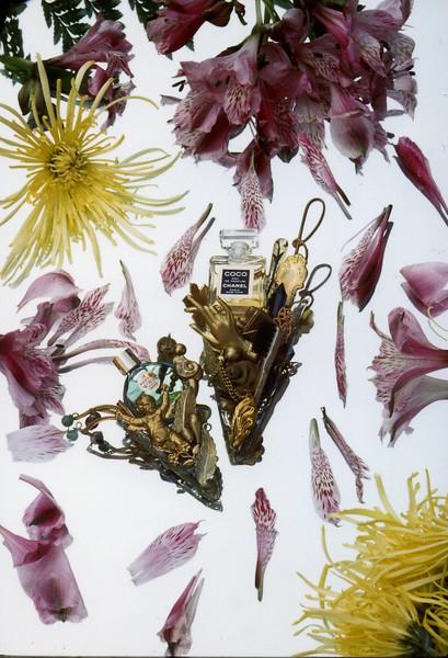 1988 Perfume Pins194.jpg