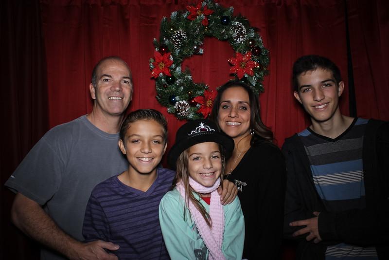 Good Shepard Lutheran School Christmas Boutique 2014-217.jpg