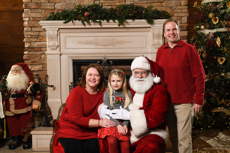 Santa2018.TylerBoye.-171.jpg