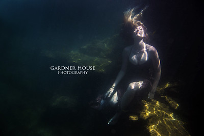 Underwater - Max & Cortney